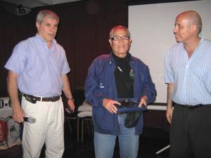 El Maestro 9 º Dan Yoriyuki Yamamoto recibe la Distinción Especial.