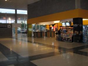 Vista interior Terminal de Micros Larga Distancia de Mar del Plata.