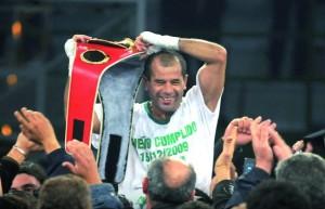 Luis Lazarte Campeón Mundial de Box. (FIB)