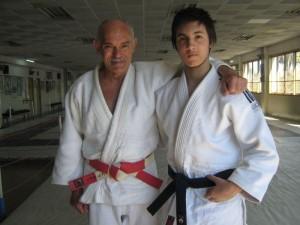 El Mtro.7º Dan Luis Dusetti con el Judoka de la ARAJ Kevin Juri .