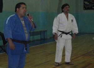 Miguel Salinas en plena locución.