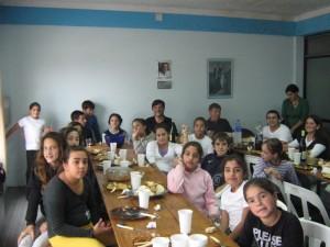Almuerzo en la sede de la U.B.Mataderos.