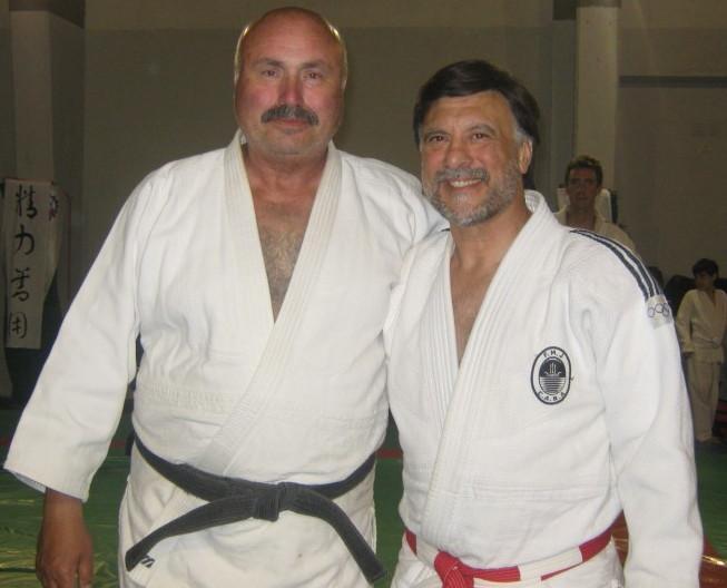 Amigo de siempre el Profesor Carlos Víctor Lacabana.