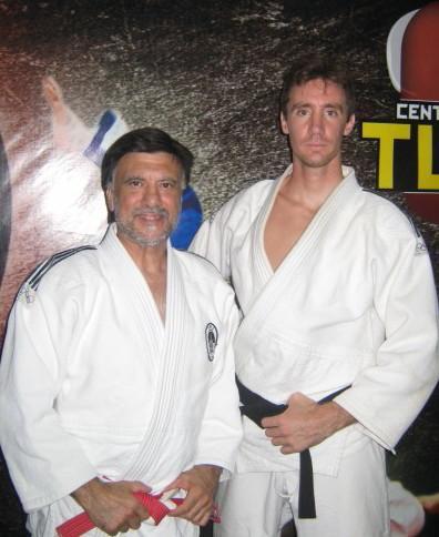 Maestro Jorge Juri y el Profesor Lucas Lemmi en el Dojo del Club San Lorenzo de Mar del Plata.