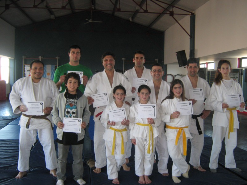 Judokas recibieron sus Certificados de Asistencia a la Clase Inaugural  y Exhibición.