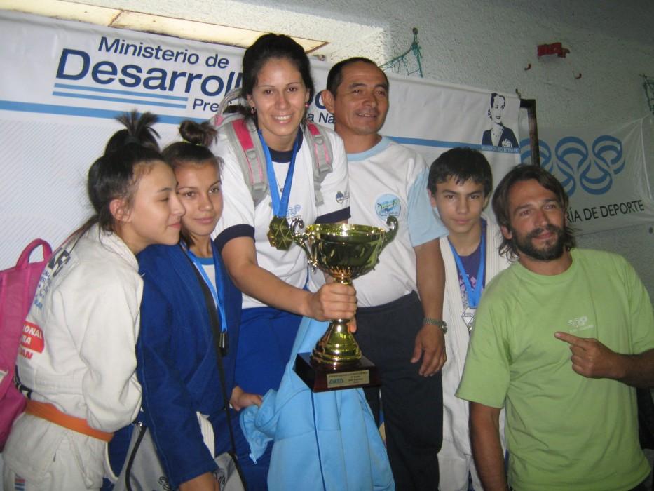 Por Equipos Provincia de Chaco 1º en Categoría Femenina.