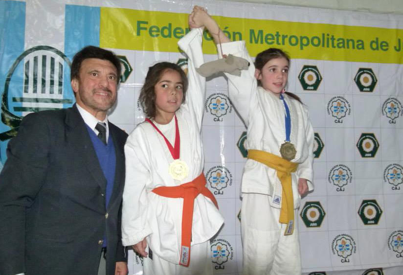 Prom.Fem. -33kg  Azul Martìnez Suàrez(2ª) y Jorgelina Macchiavelo (1ª)