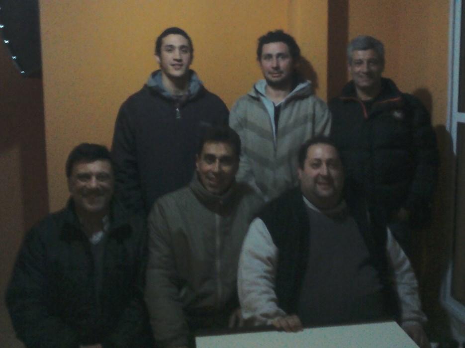 De Pie : Leandro Loruso , Omar Mingrino , Omar Merodio,  Sentados:  Jorge JurMarcelo  Rojas y David Chasnovsky