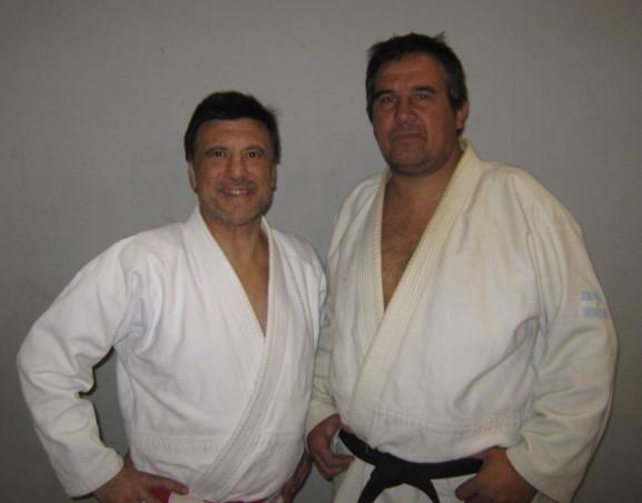 El Maestro Consejero Jorge Juri y el Profesor de la Instituciòn Claudio Vereb..