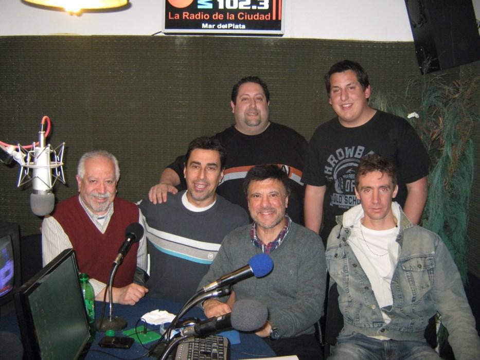 D.Chasnosvky,  G.Muhr, L.Lapenta  ,M.Rojas, J. Juri y  L. Lemmi en la Radio 102.3