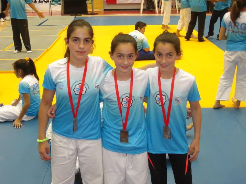 Estrella, Jaqueline y Jesica Olmos