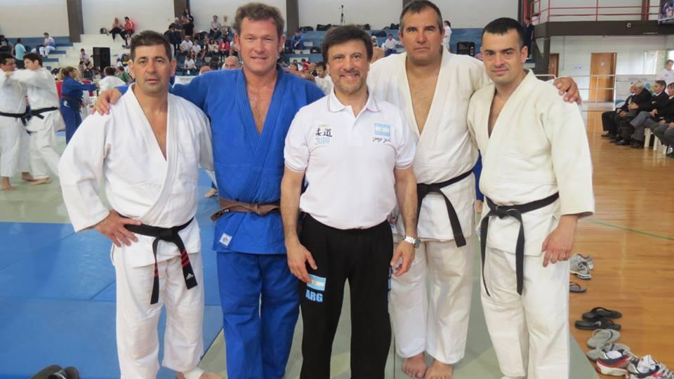 Judokas de Academias Juri-Luz y Fuerza durante el Panamericano: Daniel Arregui,Claudio Herrera, Jorge Juri (Técnico),Claudio Vereb y Alejandro Lobos.