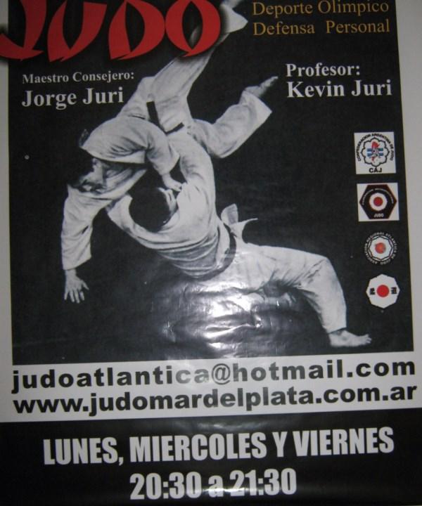 Plotter en C.A.Peñarol que da a la calle Santiago del Estero de  1,20 mts. por 1,40 mts. publicitando Judo