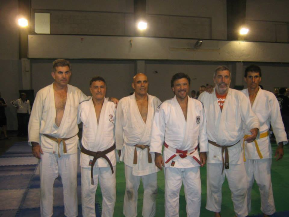 Judokas de las ciudades de 9 de Julio, Junín y Chivilcoy con el Maestro Jorge Juri  coordinador del Campo  de Entrenamiento