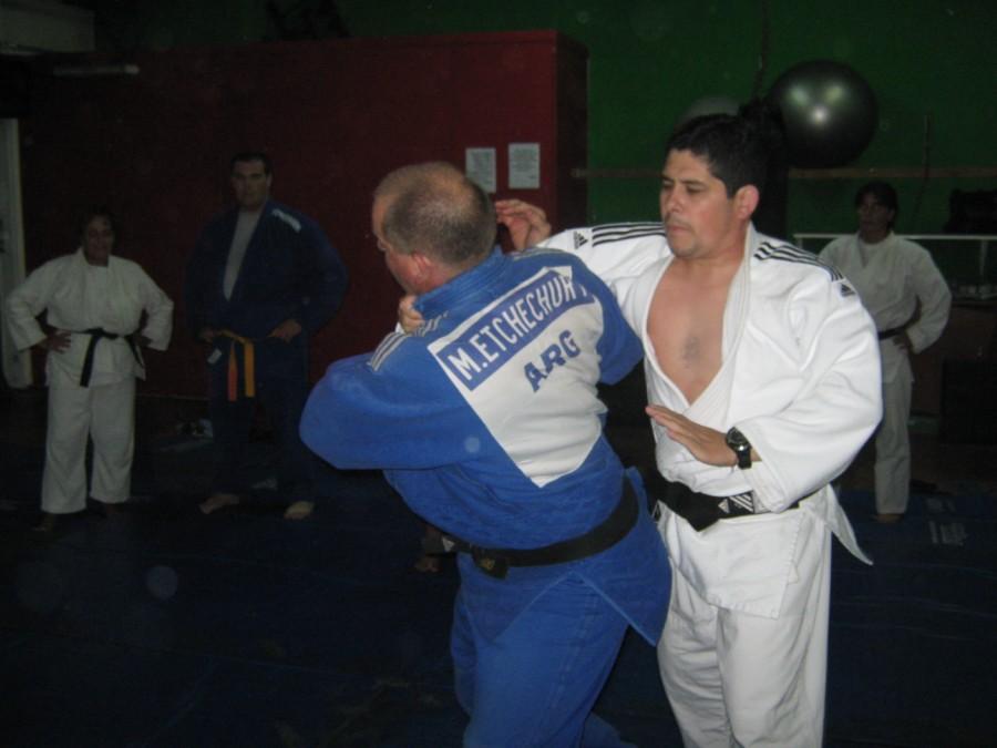 Leonardo Etchechury y Javier Martín en plena clase inaugural.