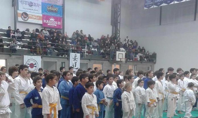 Judokas listos para las Luchas de la Tarde.Club Peñarol de Mar del Plata a Pleno