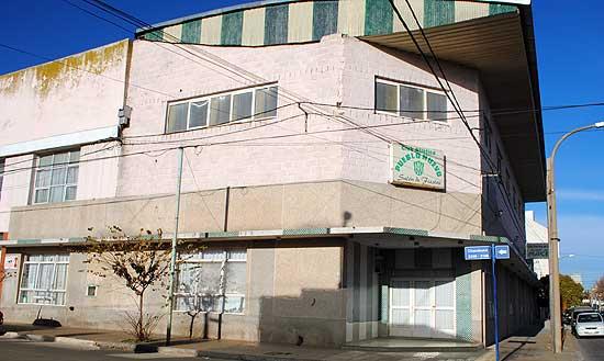 Vista exterior de Club Pueblo Nuevo de Olavarría