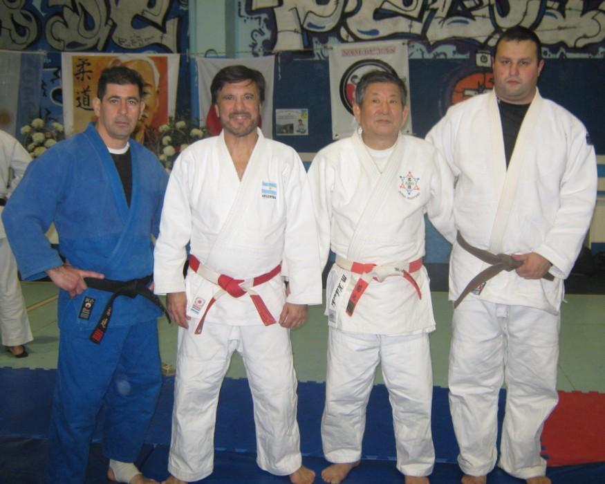 Prof.Daniel Arregui, Mtro.Jorge Juri , Mtro. Masatoshi Kikuchi y Gustavo Raising.