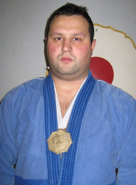 Gustavo Raising
