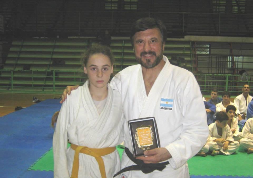 El Maestro Jorge Juri recibe la distinción