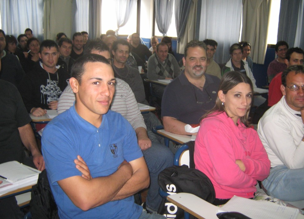 Curso de Defensa Personal 12/2014, aula a pleno.
