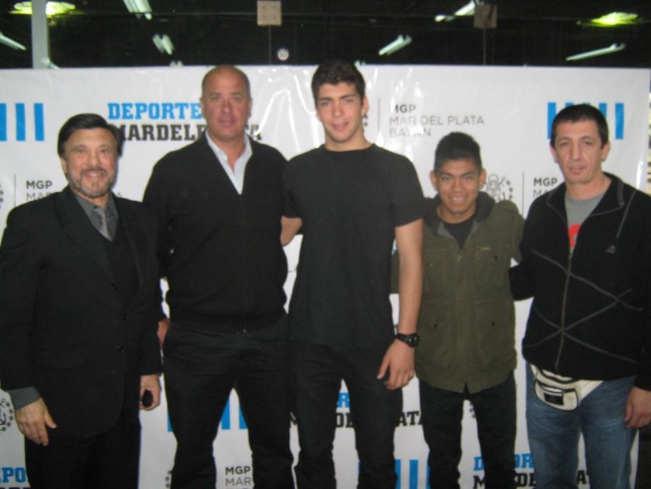 Jorge Juri, Horacio Tacone, Cristian Hormann , Abel García, y Pedro Cambiaso en las instalaciones del EMDeR.
