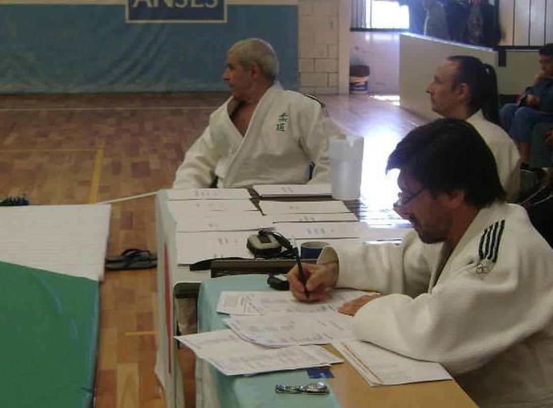 Mesa examinadora exámenes Dan