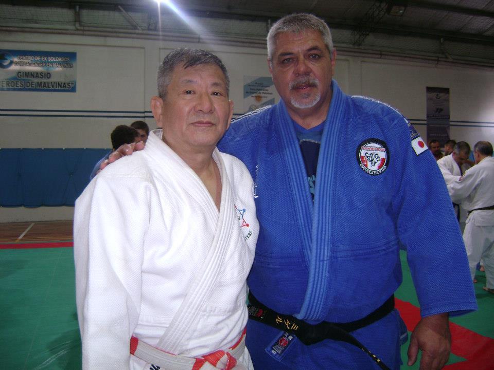 Miguel Torraca con el Maestro Masatoshi Kikuchi en el Ciurso Anual Regional CAJ 2014.