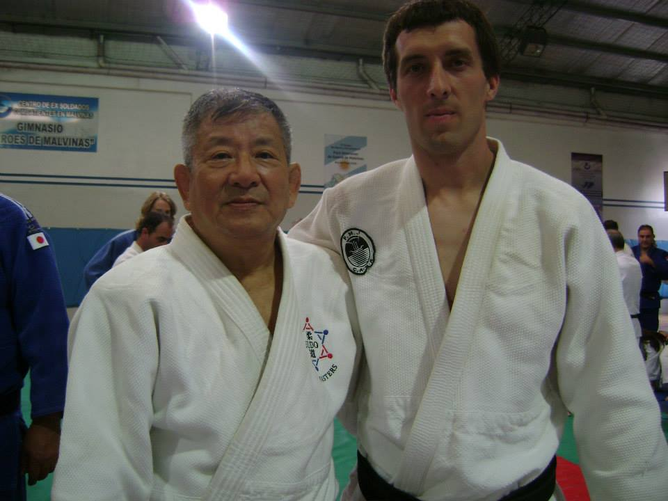 Osvaldo Chedrese con el Maestro Masatoshi Kikuchi en el Curso Anual Regional CAJ 2014.