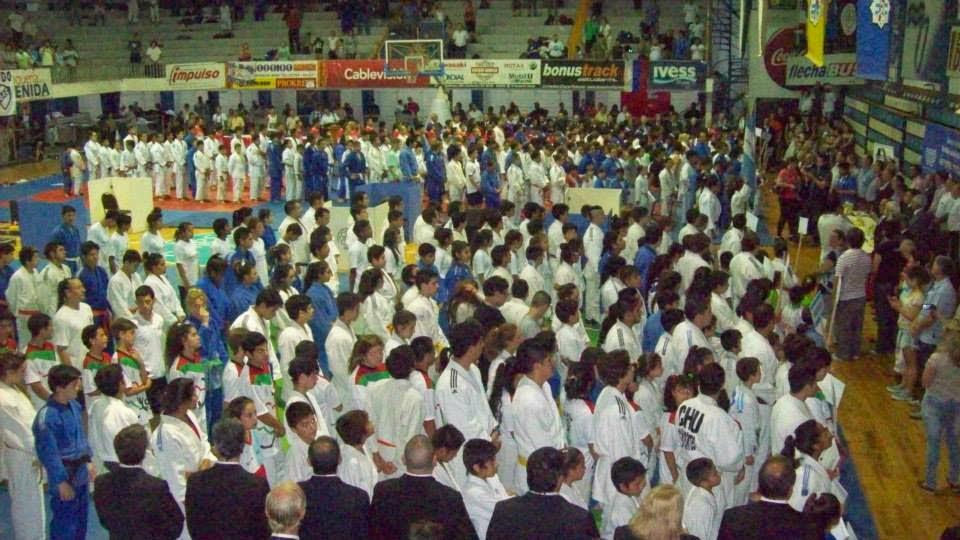 Ceremonia de Inauguración en el Club Regatas de Corrientes.