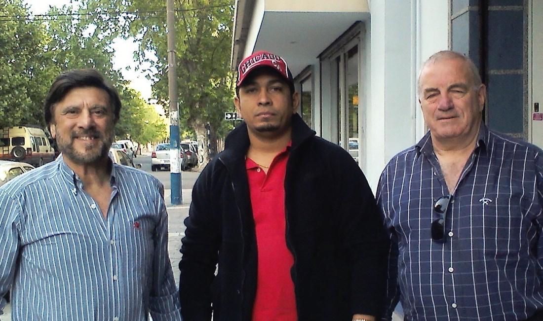 Jorge Juri , Joel Gonzàlez y Carlos Vario.