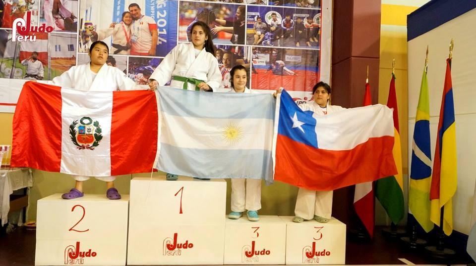 Copa Sudamericana Abierta (Lima Perú) Victoria Delvecchio en lo más alto del podio .