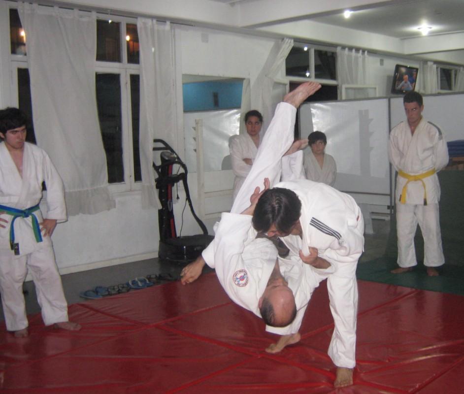 Jorge Juri en pleno desarrollo de una Técnica con Juan José Ramunno.