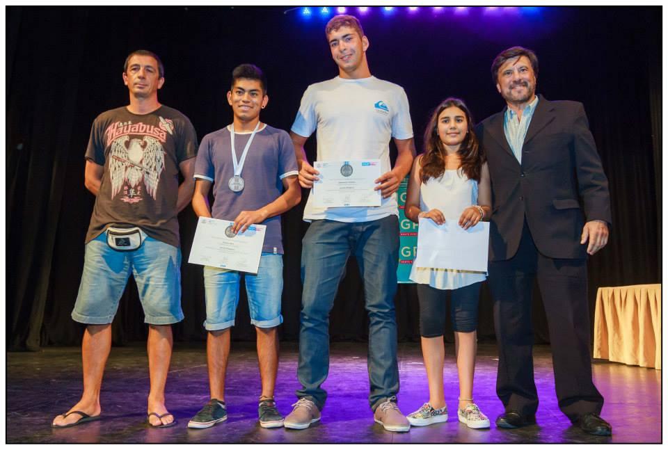 Lucha Olímpica :Entrenador Pedro Cambiaso, Abel García ,Cristian Hormann , Rocío Vigo y el Profesor Jorge Juri.