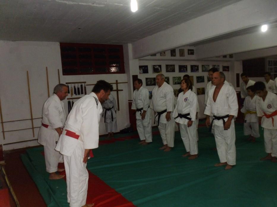 Alumnos de Judo y Karate formados para la ceremonia.