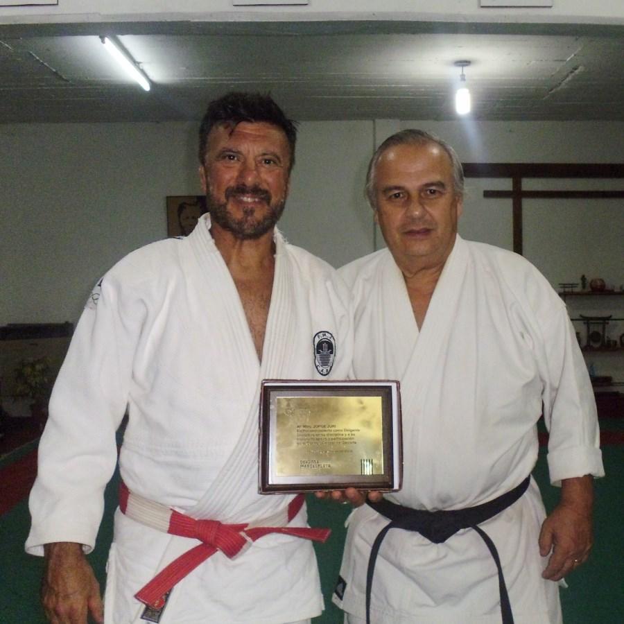 El Maestro Jorge Juri  (Judo) con el Maestro Marcelo Beltramino (Karate)